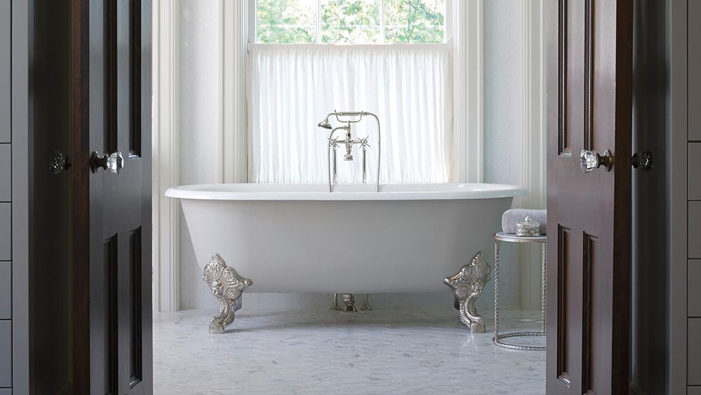 Circe Claw Foot Freestanding Bathtub | Bathroom | Kallista