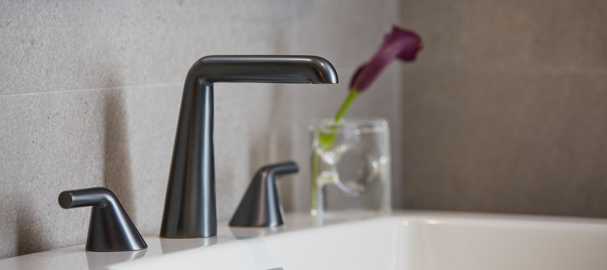 7 Faucet Finishes For Fabulous Bathrooms: Kallista
