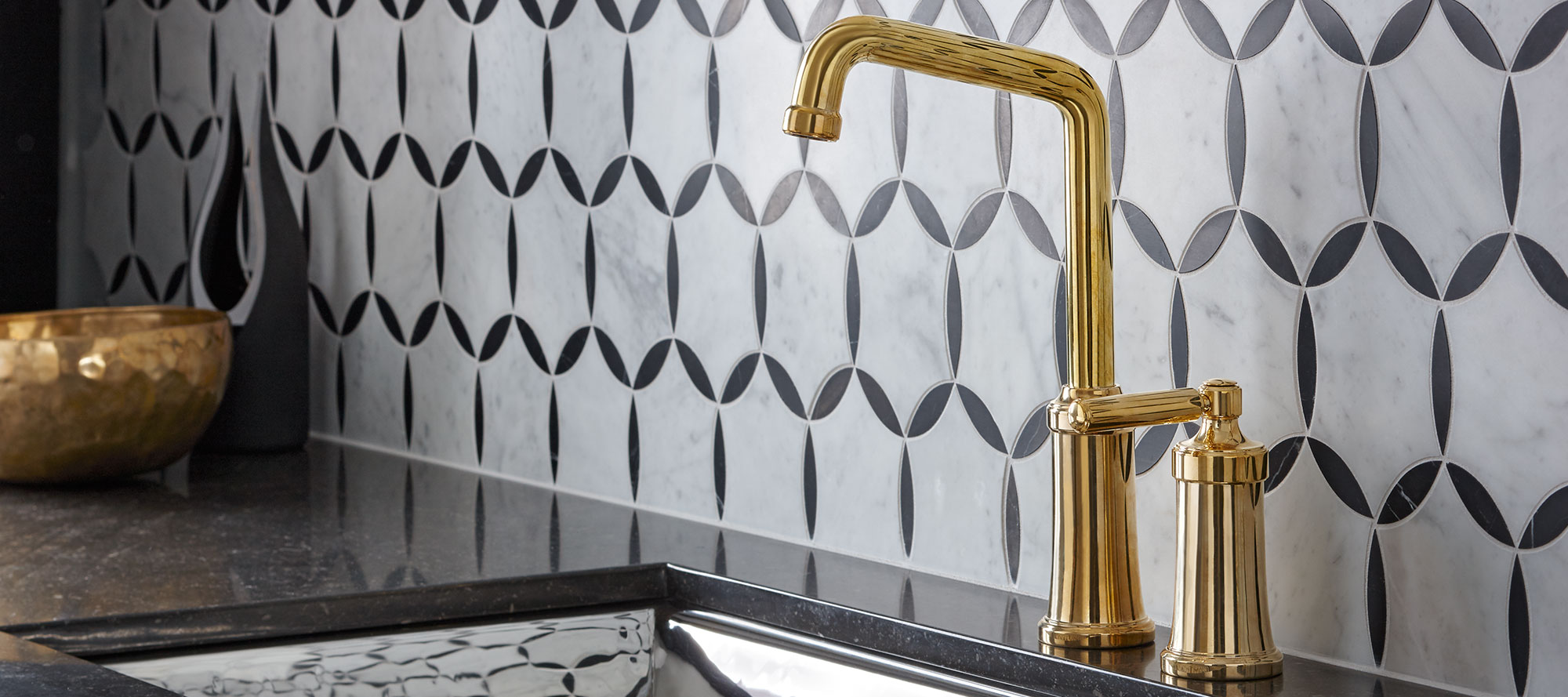 Quincy Pull-Down Kitchen Faucet | P25000-00 | Kitchen Faucets ...